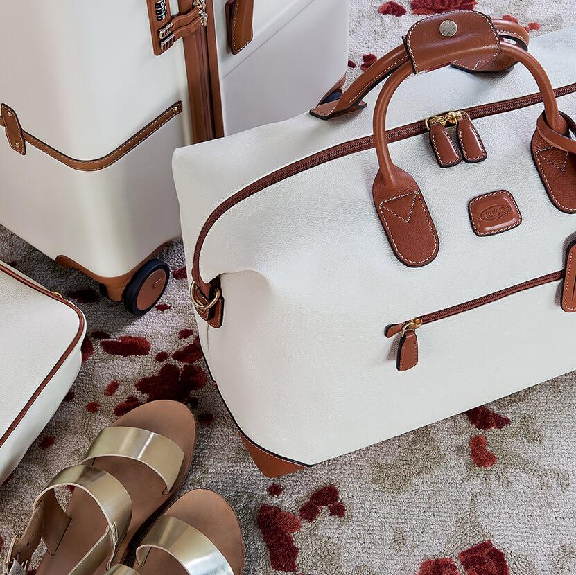 Bric's Weekender aus italienischem Leder gefertigt - perfekt für Ihren Kurztrips.