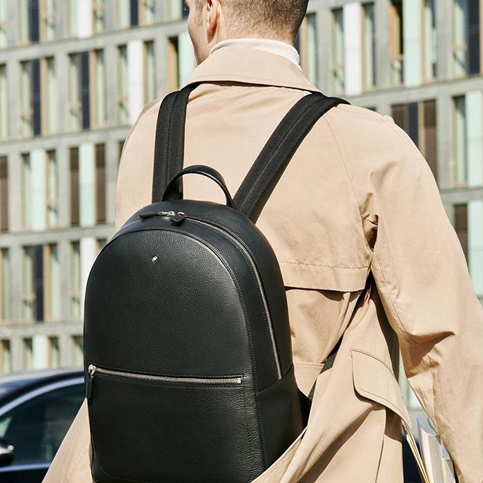 Ob Businessrucksack, Laptoptasche oder Hüllen fürs Tablet: hochwertige Lederwaren von Montblanc zeugen von Stil.