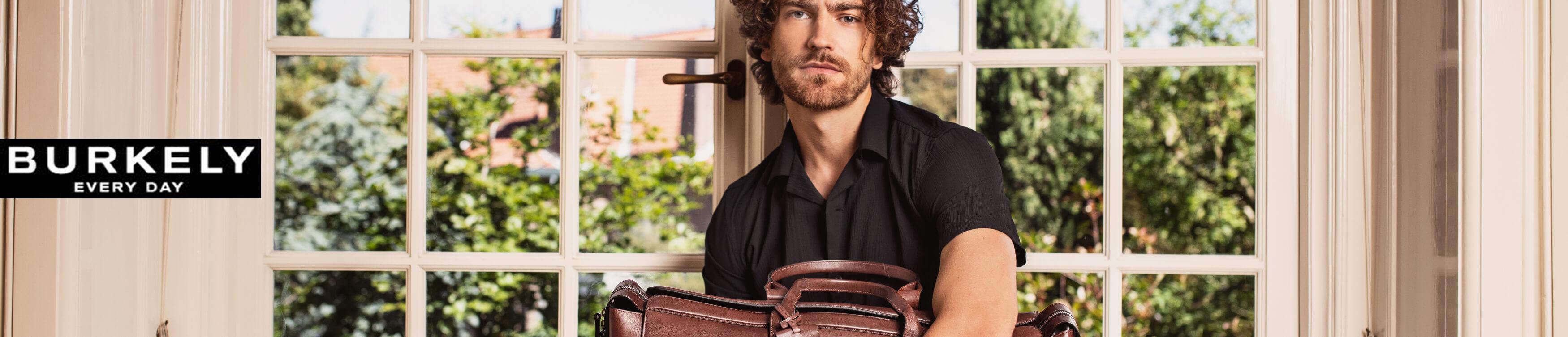 BURKELY Taschen & Rucksäcke sicher und einfach online bestellen.