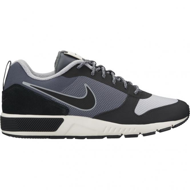 Nike Men Nightgazer Trail Outdoor Schuh 916775 - 44 | dark grey/black sail