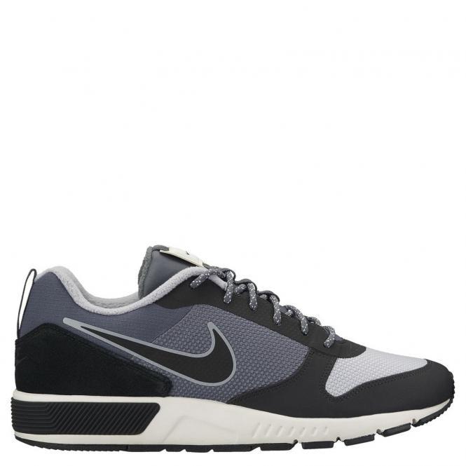 Nike Men Nightgazer Trail Outdoor Schuh 916775 - 42,5 | dark grey/black sail